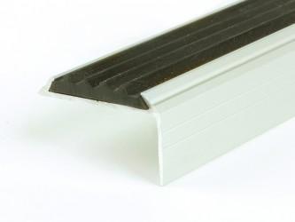 Порог анодированный для защиты кромок ступеней с антискользящей вставкой, 42 мм х 22 мм , с крепежом. Инд.упаковка. Арт. Д42х22В